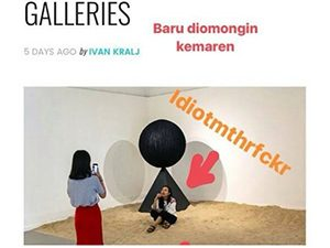 "Someone's Instagram story pointing at the picture of the Selfie Girls from Galeri Nasional Indonesia with an arrow and message ""idiotmthrfckr"". The girls have upseted a part of the public with reckless photographing of selfies in Galeri Nasional Indonesia"