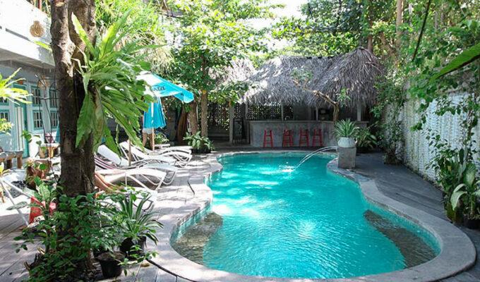 Swimming pool at Kosta Hostel in Seminyak, Bali, Indonesia, photo by Ivan Kralj