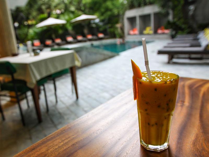 Passion fruit smoothie by the swimming pool at Rambutan Resort Phnom Penh, Cambodia, photo by Ivan Kralj