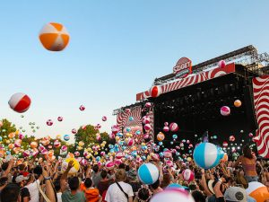 10.000 beach balls being thrown in the air at the Special party of Sziget Festival 2017 in Budapest, Hungary, photo by Ivan Kralj