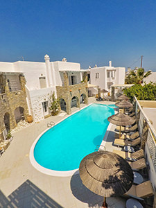 Swimming pool at Zefi Hotel in Naoussa, Paros, Greece, photo by Ivan Kralj