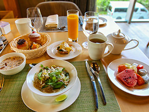 Noodles, poached egg, fruit, cakes and other delights at the breakfast in Mosaic Restaurant at Crowne Plaza Vientiane, 5 star hotel in Laos capital, photo by Ivan Kralj