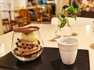 Oh Chocolate dessert in a glass, served at Sona dessert shop in Seoul, South Korea, photo by Ivan Kralj