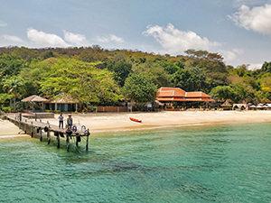 Private pier at Mooban Talay Resort, on Koh Samet island, Thailand, photo by Ivan Kralj