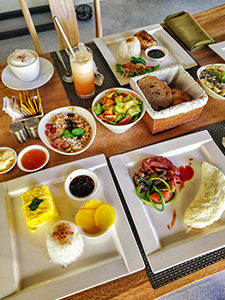A great variety of a la carte breakfast at The Amala Estate, one of the best hotels in Bali, photo by Ivan Kralj