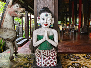 Sculptures at Tugu Bali, one of the best hotels in Bali, Indonesia, photo by Ivan Kralj